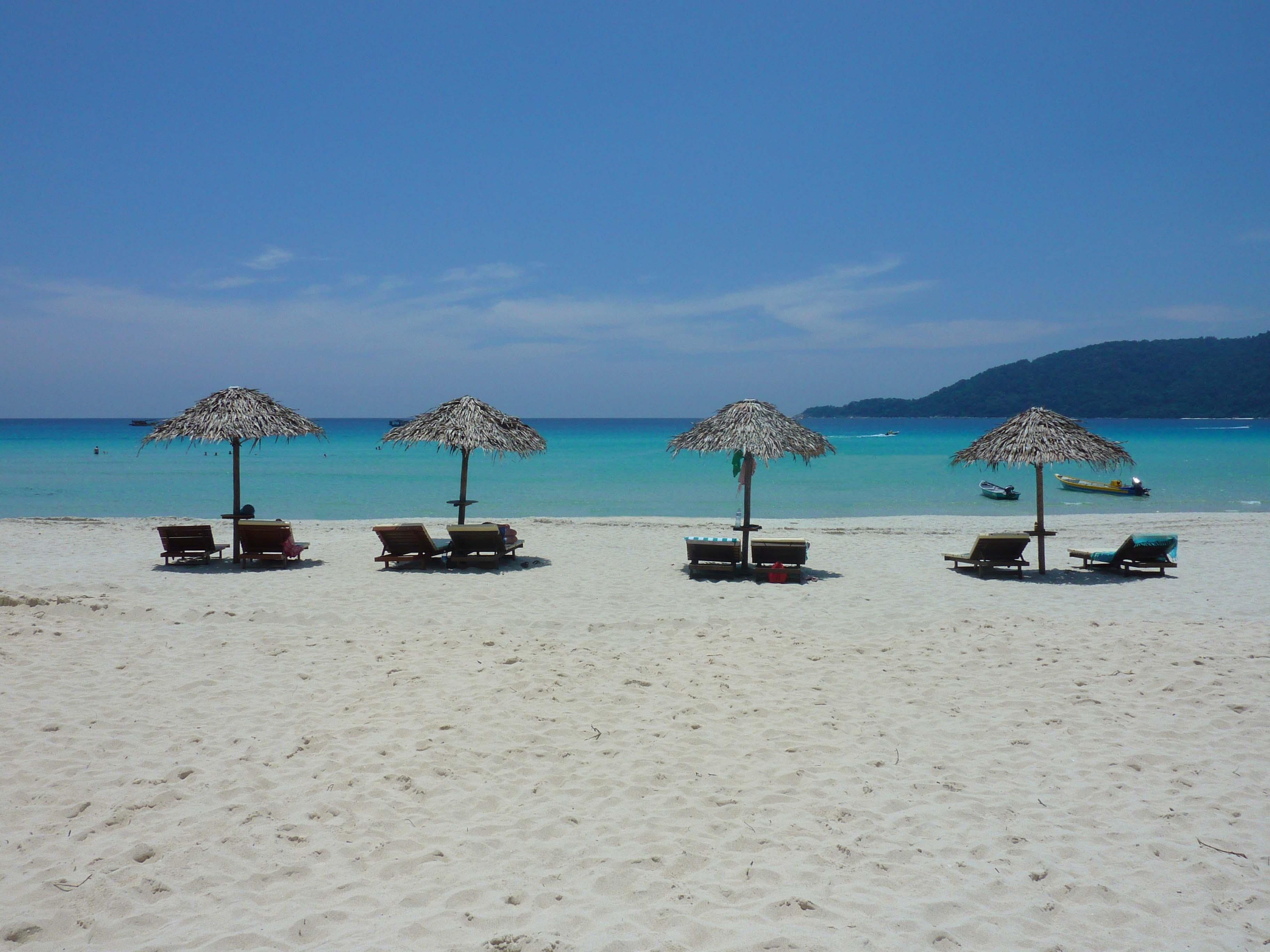 beach1_fb