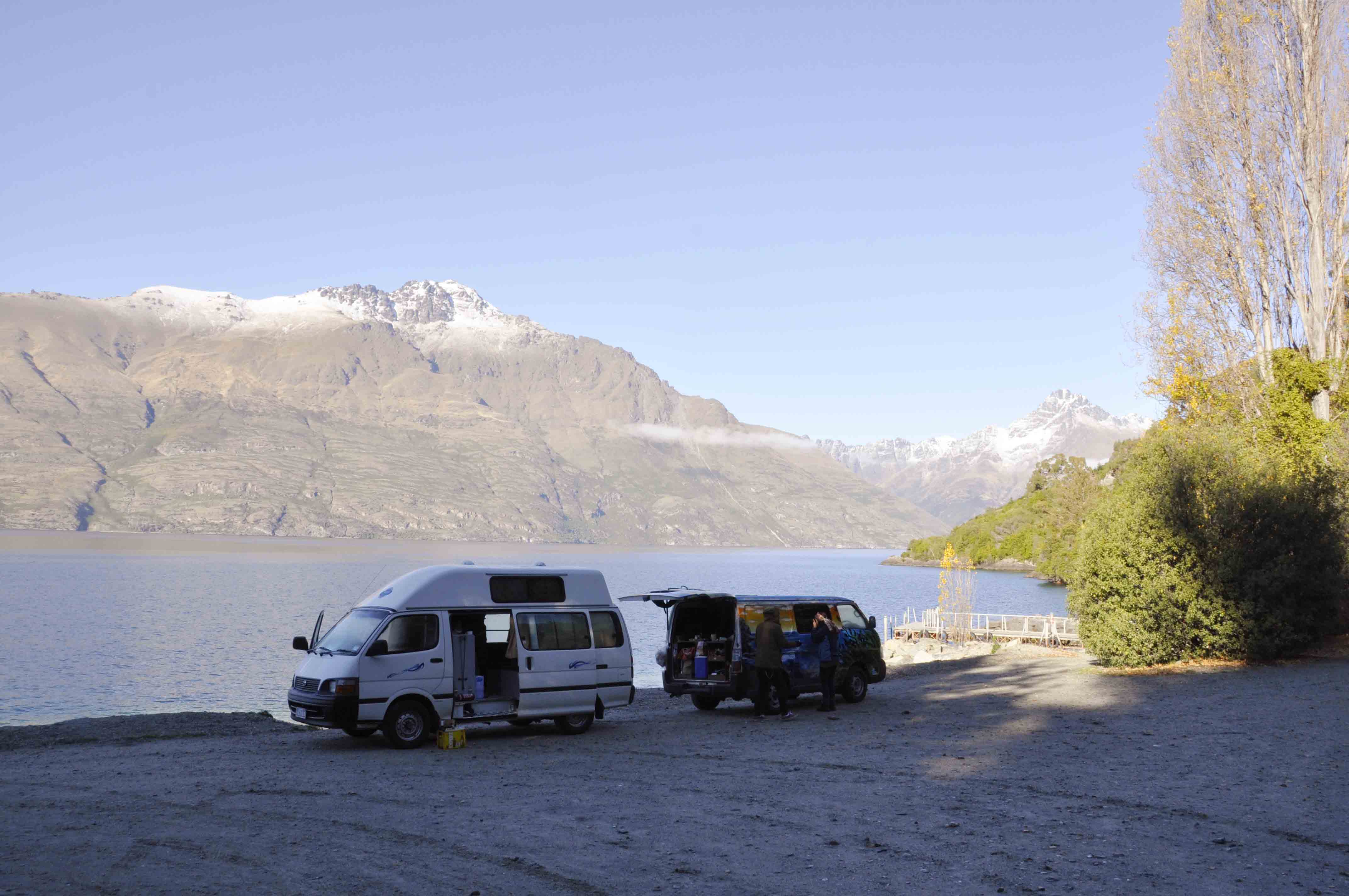 Camping in Sunshine Bay (Queenstown)